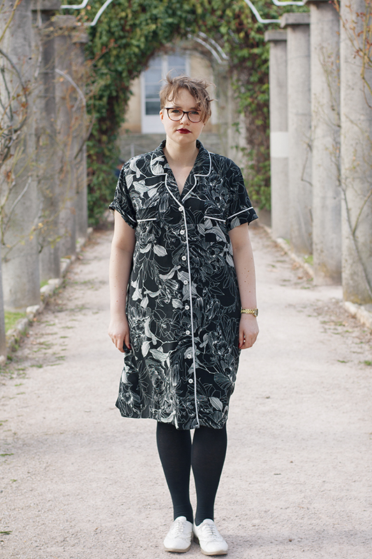 Carolyn pajamas turned into a dress (pattern by Closet Case Patterns)